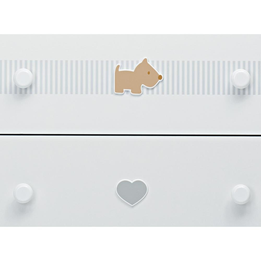 Decorazioni con due simpatici e teneri cagnolini nelle tinte del beige insieme a un dolce cuoricino grigio e a un raffinato motivo a righe